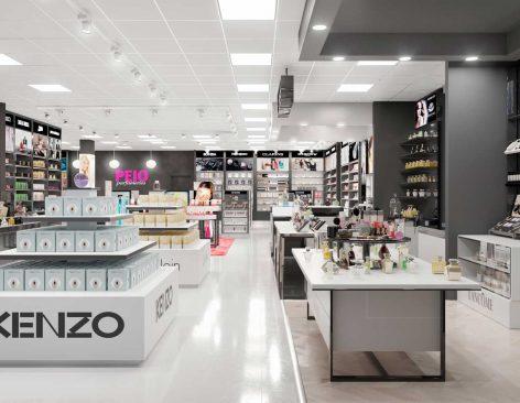 Renders de perfumerías en centros comerciales